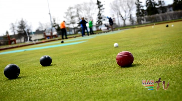 LAWN BOWLING TRYOUT AT COMMONWEALTH CLUB